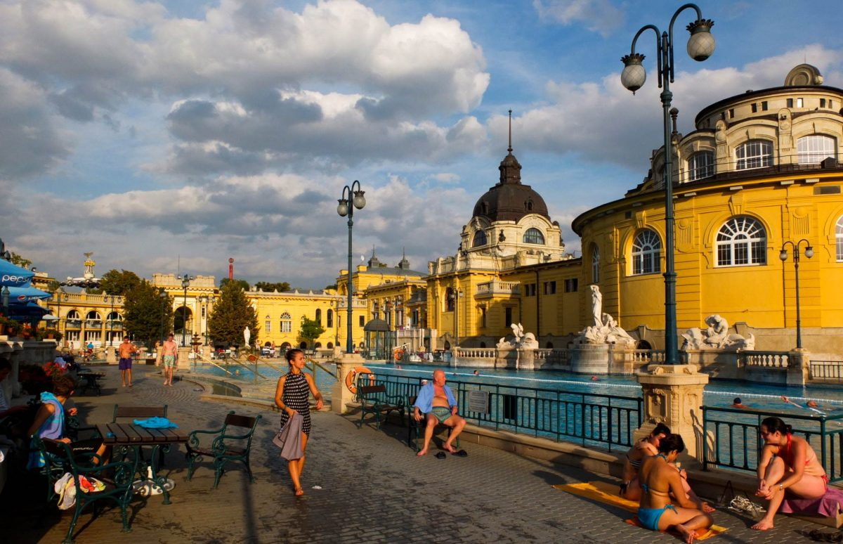 Széchenyi thermal baths are a beautiful afternoon