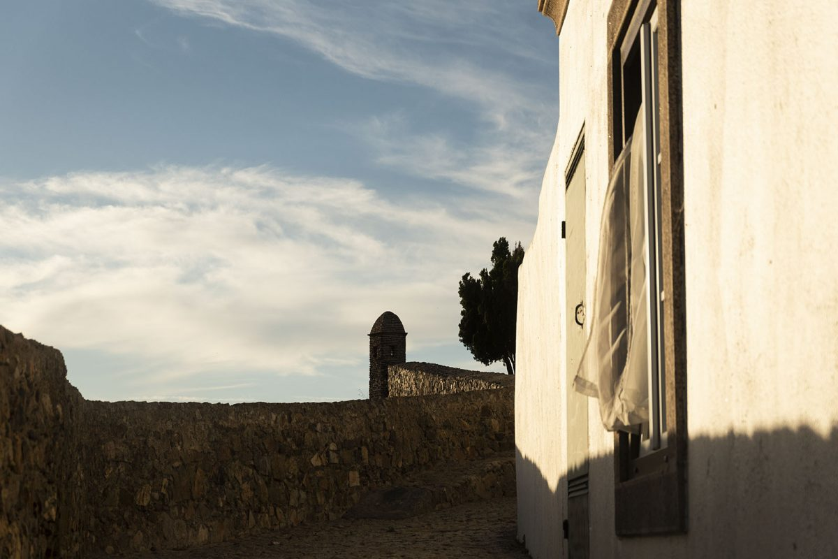 There are people inside the town of Marvão
