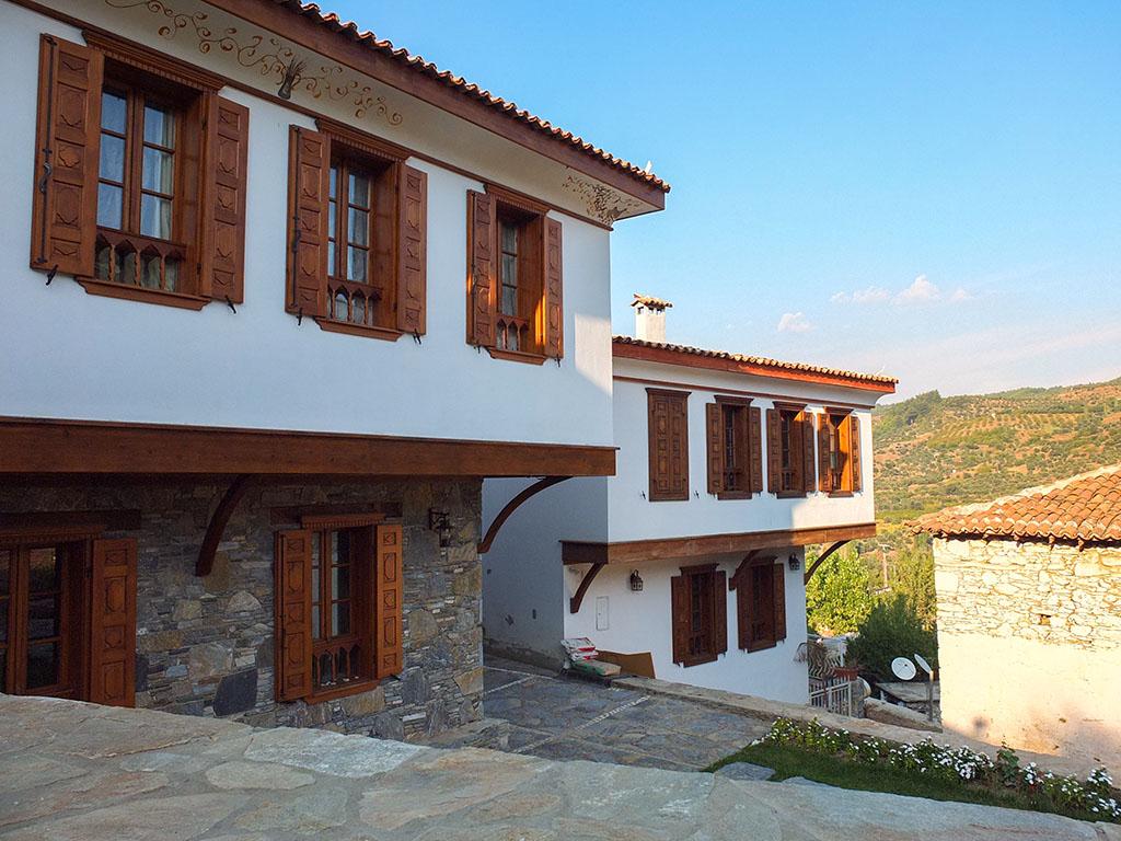 Casas recuperadas em Sirince