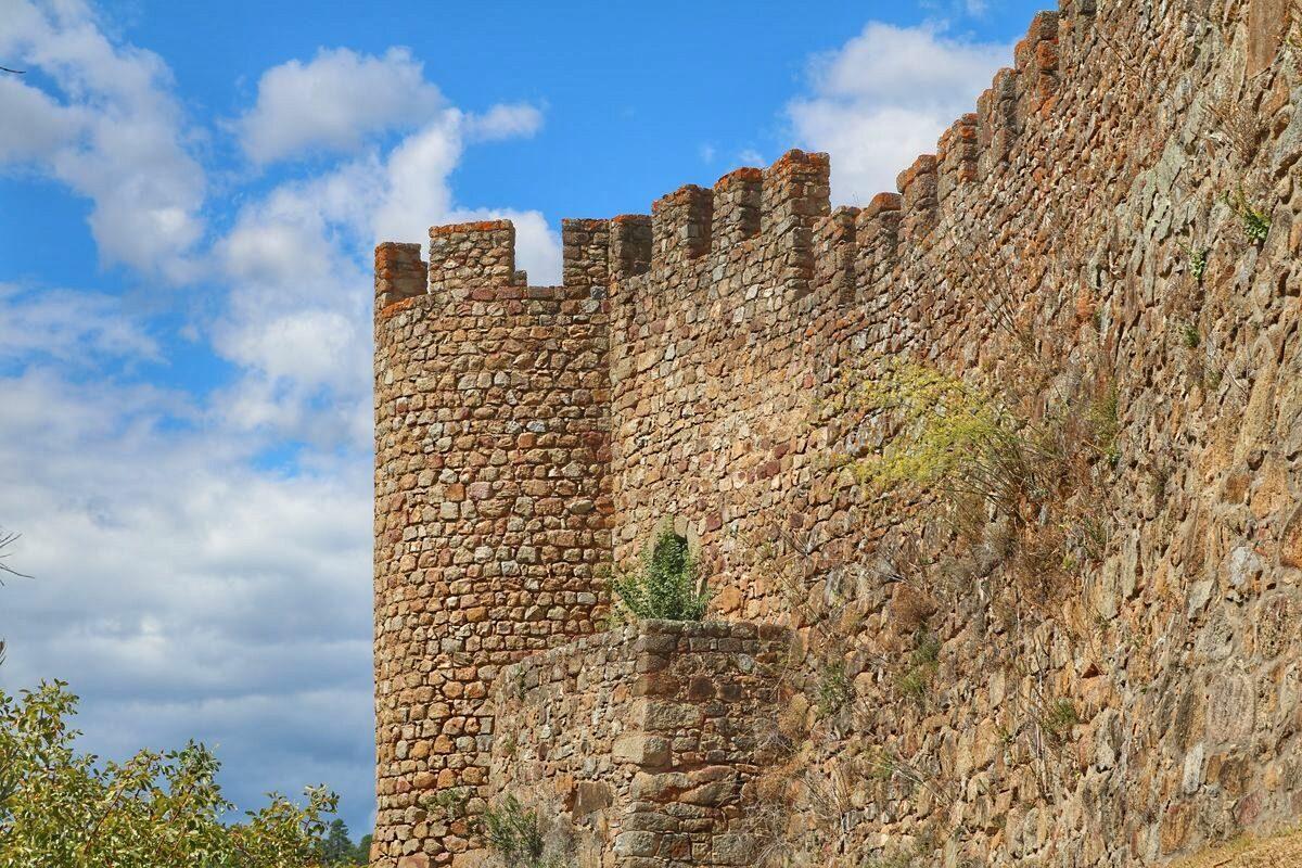 O castelo de Belver guardou parte do tesouro real português