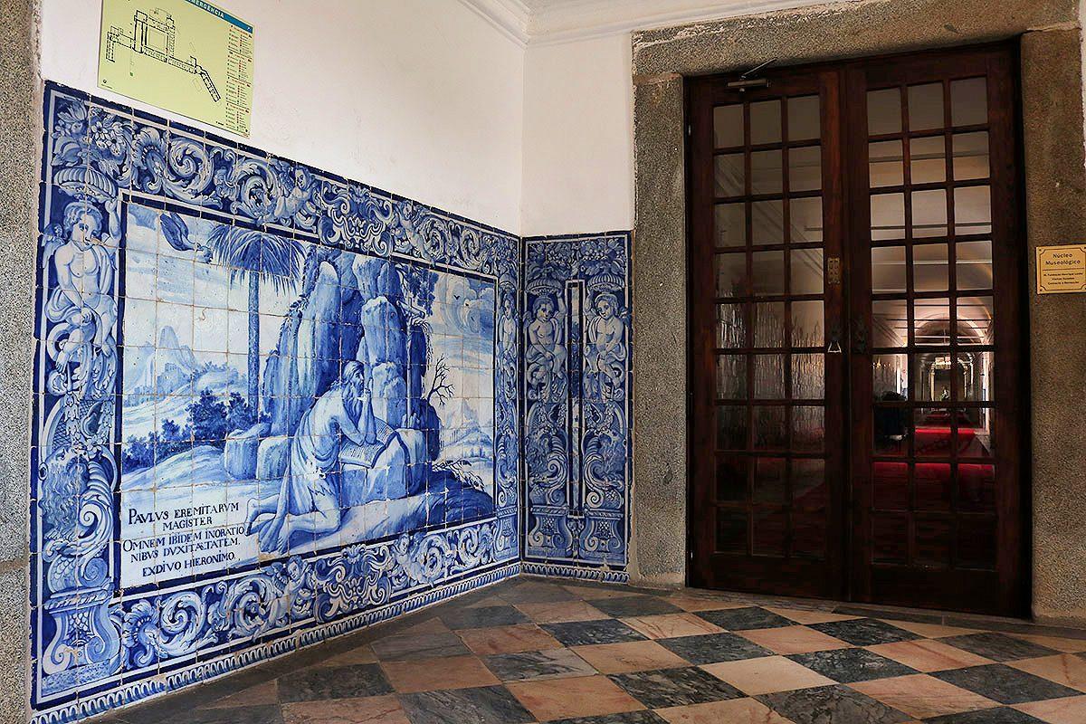 No convento estão representados todos os grandes mestres do azulejo do século XVIII